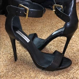 💯sale 💯Classic Steve Madden heels